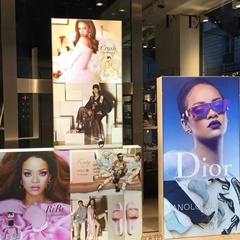 Rihanna's FENTY Pop-Up-Shop im Colette von Paris (25. - 30. Juli 2016)